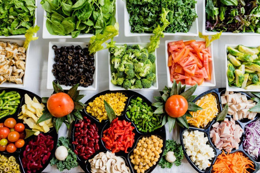 keto salad vegetables