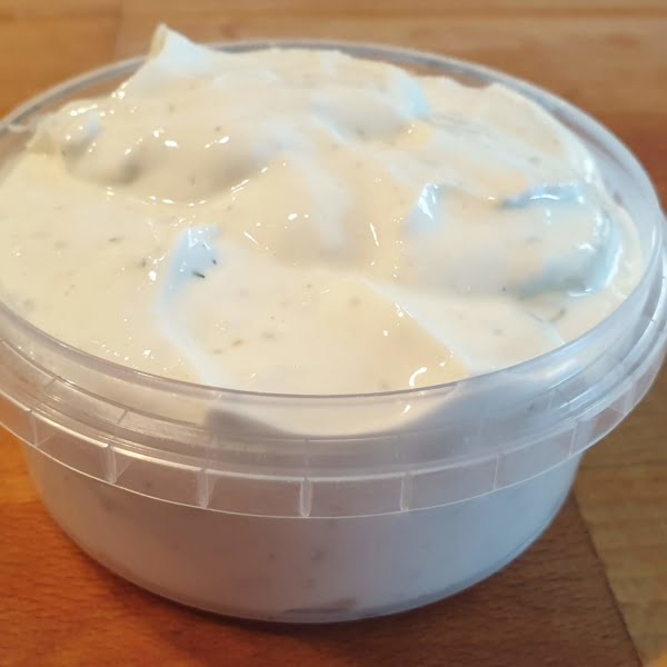keto garlic aioli in tub