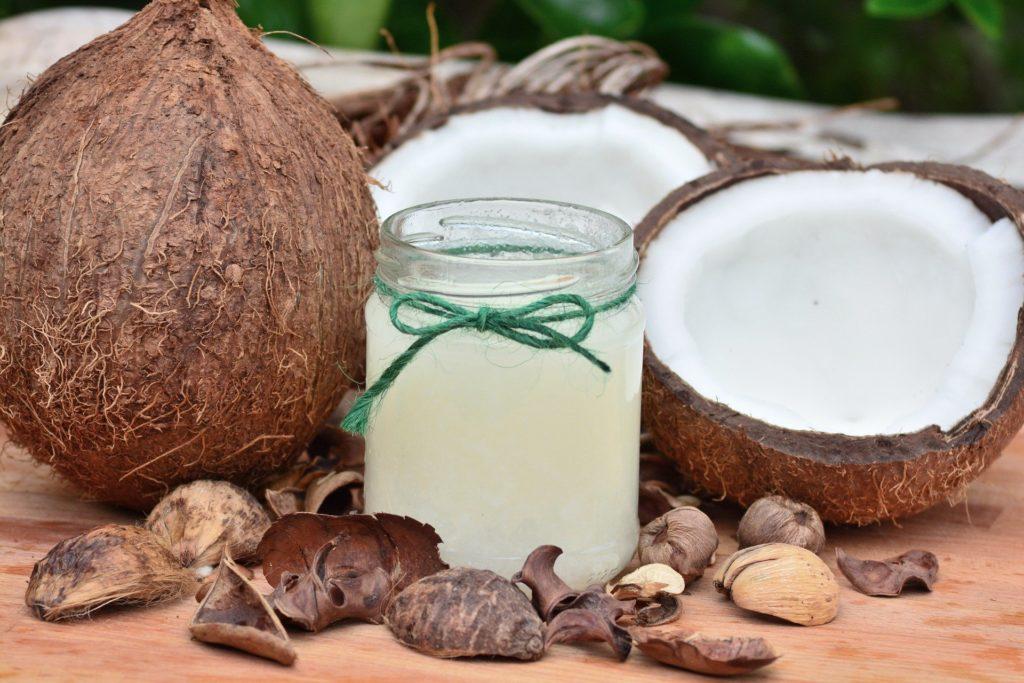 raw unrefined keto coconut cooking oil